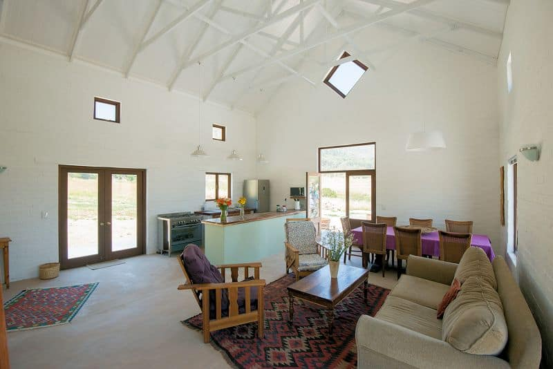 country-accommodation-farm-cottages-001